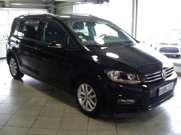 Photo miniature de la Volkswagen Touran 1.6 TDI 115ch BlueMotion Technology FAP Allstar 5 places 2016 d'occasion