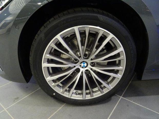 Photo miniature de la BMW Serie 3 320dA 190ch Luxury 2019 d'occasion