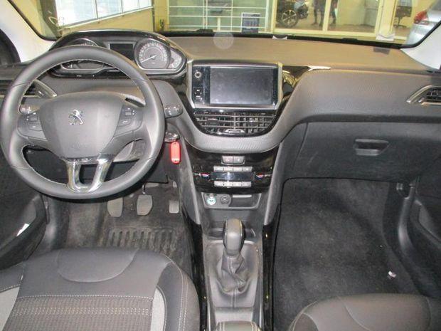 Photo miniature de la Peugeot 2008 1.2 PureTech 82ch E6.c Allure 2018 d'occasion