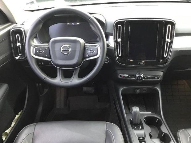 Photo miniature de la Volvo XC40 D4 AdBlue AWD 190ch Business Geartronic 8 2018 d'occasion