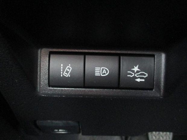 Photo miniature de la Toyota Yaris 70 VVT-i Design 5p RC18 2018 d'occasion