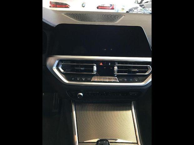 Photo miniature de la BMW Serie 3 320dA xDrive 190ch M Sport Pack M Sport Shadow Euro6d-T 2019 d'occasion