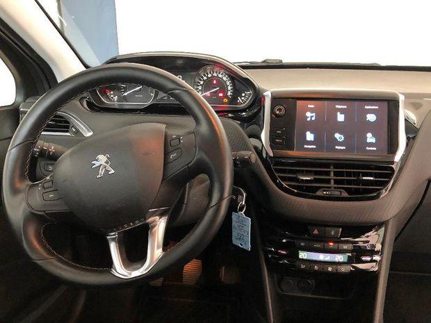 Photo miniature de la Peugeot 208 1.2 PureTech 110ch Allure S&S 5p 2017 d'occasion