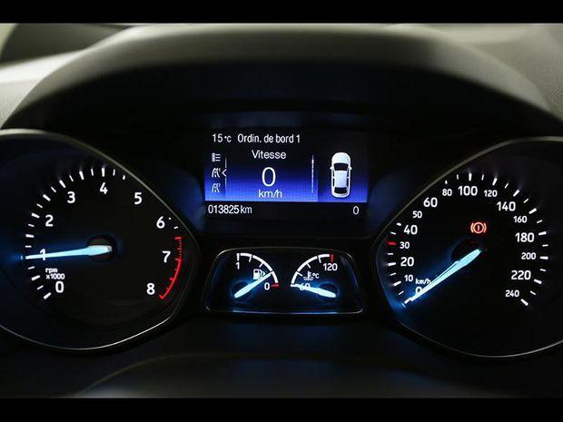 Photo miniature de la Ford Kuga 1.5 EcoBoost 120ch Stop&Start Titanium 4x2 2018 d'occasion