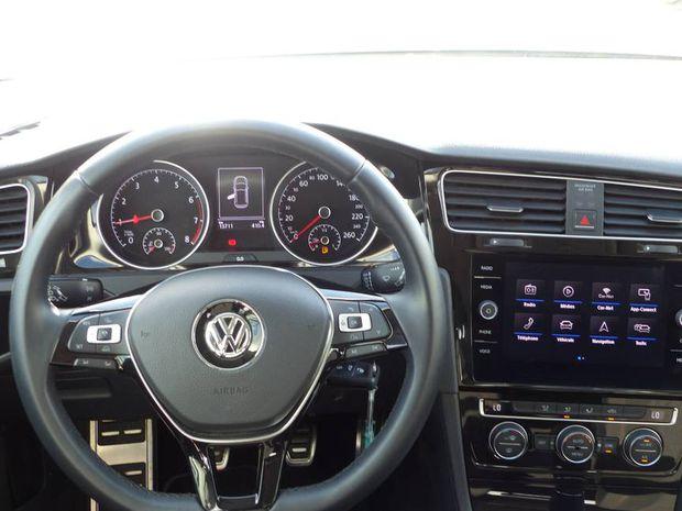 Photo miniature de la Volkswagen Golf 1.0 TSI 110 DSG7 Sound 2018 d'occasion