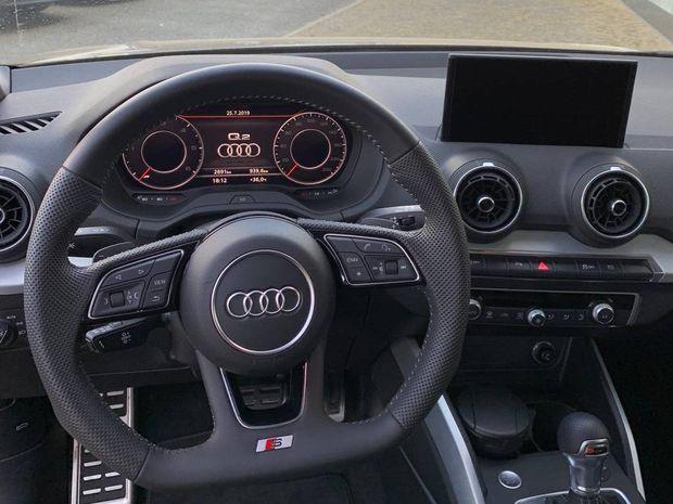 Photo miniature de la Audi Q2 35 TDI 150 S tronic 7 Midnight Series 2019 d'occasion