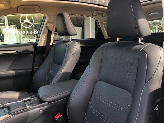 Photo miniature de la Lexus NX 300h 4WD Luxe Euro6d-T 2018 d'occasion