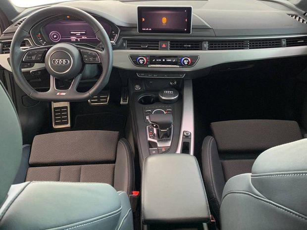 Photo miniature de la Audi A4 Avant 2.0 TDI 190 S tronic 7 S line 2018 d'occasion