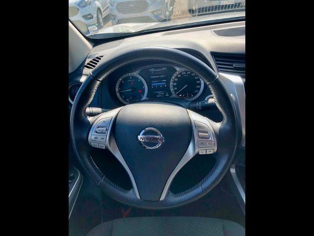 Photo miniature de la Nissan Navara 2.3 dCi 190ch Double-Cab X-Pedition 2018 2018 d'occasion
