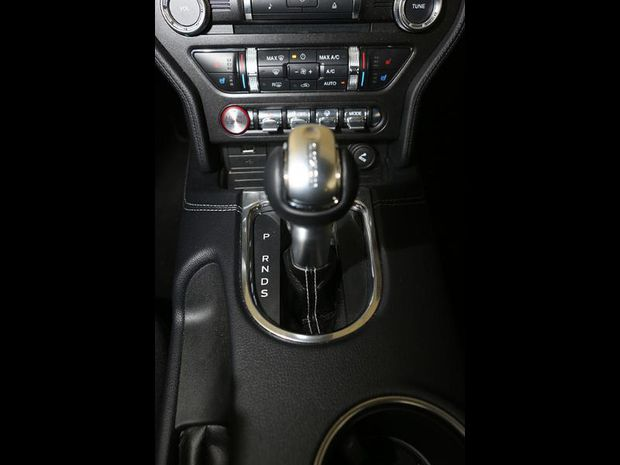 Photo miniature de la Ford Mustang Fastback 5.0 V8 450ch GT BVA10 2018 d'occasion