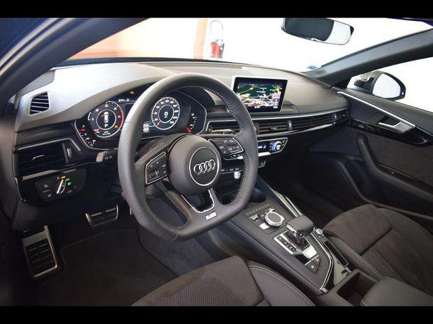 Photo miniature de la Audi A4 Avant 2.0 TDI 190ch S line S tronic 7 2019 d'occasion