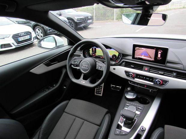 Photo miniature de la Audi A4 Avant 35 TDI 150 S tronic 7 S line 2018 d'occasion