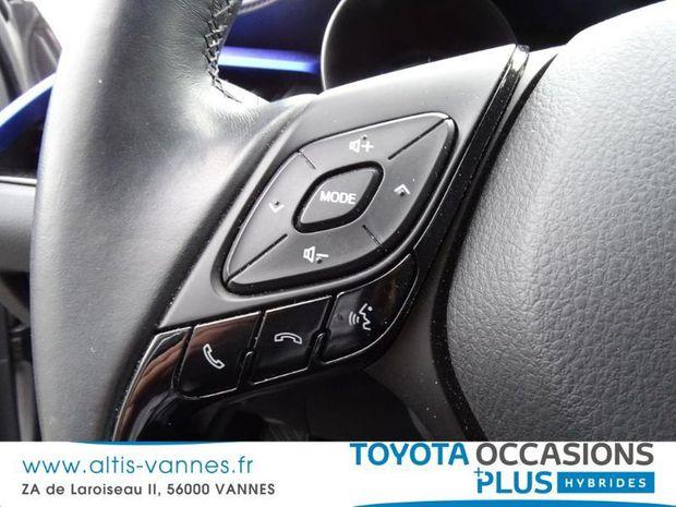 Photo miniature de la Toyota C-HR 122h Graphic Pack Premium 2WD E-CVT 2017 d'occasion