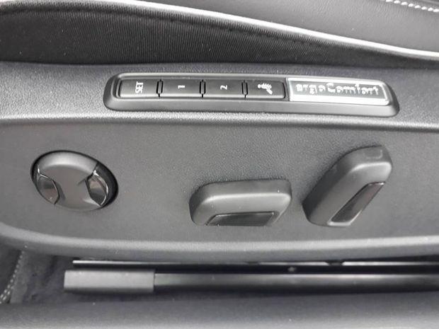 Photo miniature de la Volkswagen Arteon 2.0 TDI 150 SCR DSG7 R-line Exclusive 2019 d'occasion