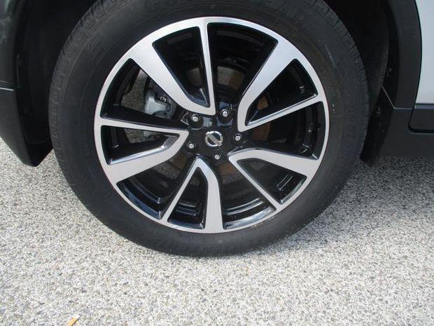 Photo miniature de la Nissan X-Trail 1.6 dCi 130ch Tekna All-Mode 4x4-i Euro6 7 places 2017 d'occasion