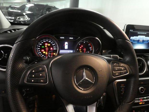 Photo miniature de la Mercedes CLA Shooting Brake 180 d Inspiration 7G-DCT 2016 d'occasion