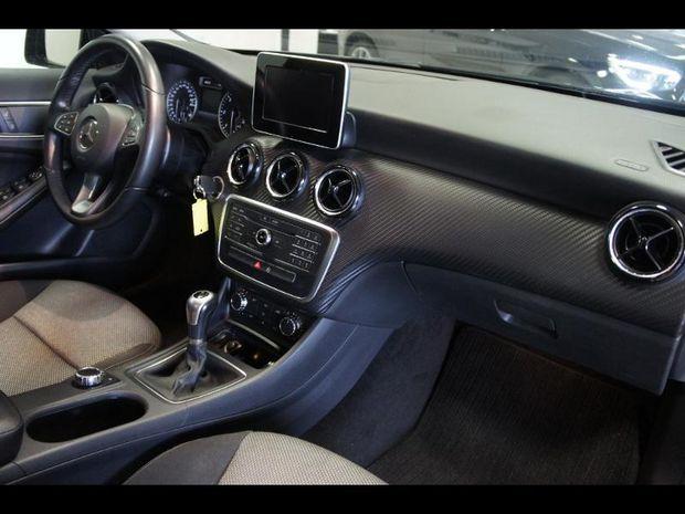Photo miniature de la Mercedes GLA Classe  180 d Intuition 2016 d'occasion