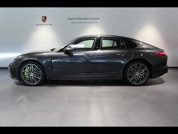 Photo miniature de la Porsche Panamera 4.0 V8 680ch Turbo S E-Hybrid 2018 d'occasion