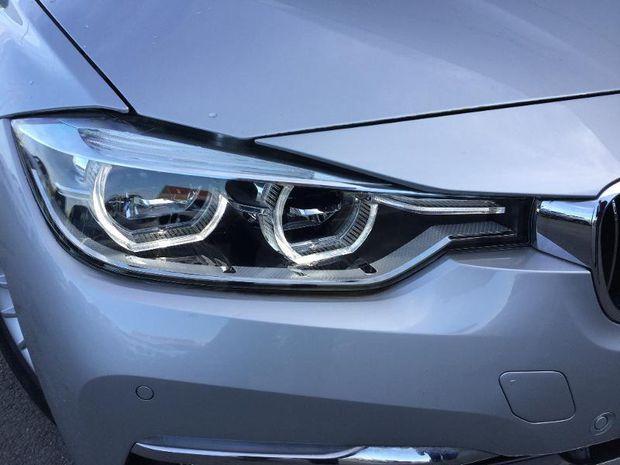 Photo miniature de la BMW Serie 3 Touring 318dA 150ch Luxury 2018 d'occasion