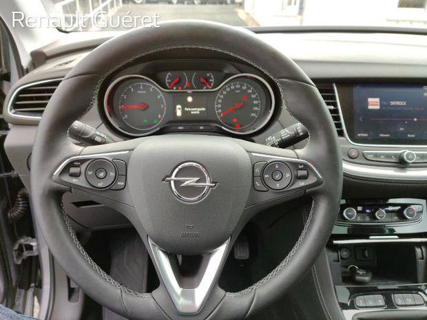 Photo miniature de la Opel Grandland X 1.2 Turbo 130ch ECOTEC Innovation 2018 d'occasion
