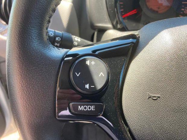 Photo miniature de la Peugeot 108 VTi 72 Top! Style 5p 2019 d'occasion