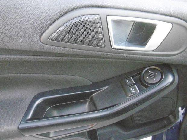 Photo miniature de la Ford Fiesta 1.25 82ch Edition 5p 2016 d'occasion
