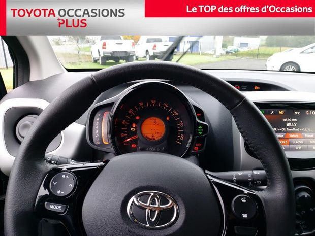 Photo miniature de la Toyota Aygo 1.0 VVT-i 69ch x-play 5p 2018 d'occasion