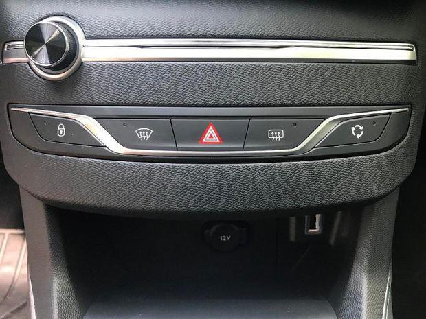 Photo miniature de la Peugeot 308 1.2 PureTech 130ch E6.c S&S Allure 108g 2019 d'occasion