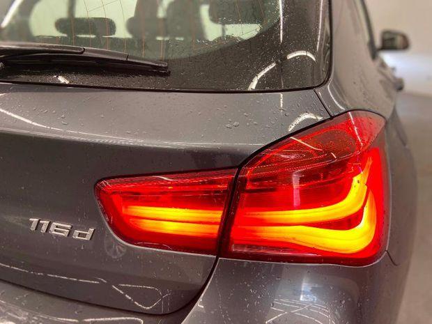 Photo miniature de la BMW Serie 1 116dA 116ch Business Design 5p 2017 d'occasion