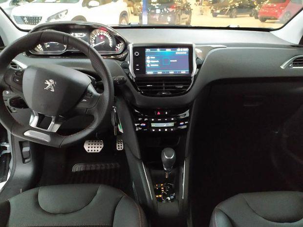 Photo miniature de la Peugeot 208 1.2 PureTech 110ch E6.c GT Line S&S EAT6 5p 2019 d'occasion