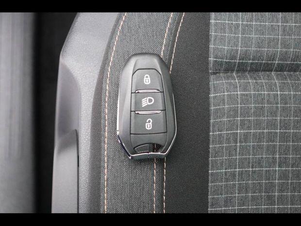 Photo miniature de la Peugeot Rifter BlueHDi 100ch Standard GT Line 2019 d'occasion