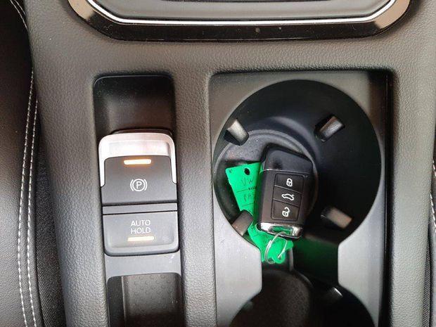 Photo miniature de la Volkswagen Passat SW 2.0 TSI 280 DSG7 4Motion Carat Exclusive 2018 d'occasion