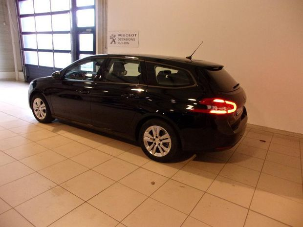 Photo miniature de la Peugeot 308 SW 1.5 BlueHDi 130ch S&S Active Business EAT8 2018 d'occasion
