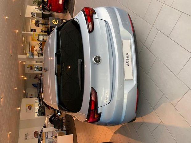Photo miniature de la Opel Astra 1.5 D 122ch Elegance 2019 d'occasion