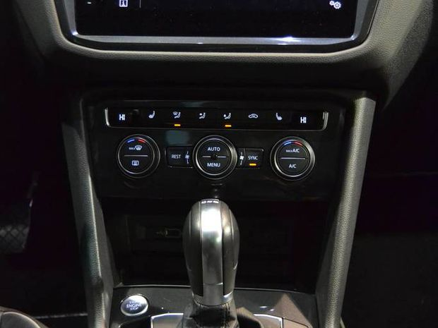 Photo miniature de la Volkswagen Tiguan 2.0 TDI 150 DSG7 Carat Exclusive 2019 d'occasion