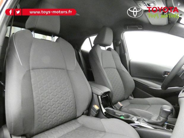 Photo miniature de la Toyota Corolla 180h Design MY20 2019 d'occasion