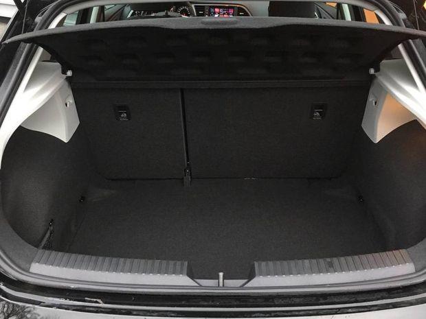 Photo miniature de la Seat Leon 1.6 TDI 115 Start/Stop BVM5 Style 2019 d'occasion