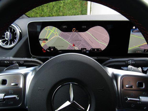 Photo miniature de la Mercedes Classe B 180d 116ch AMG Line Edition 2019 d'occasion