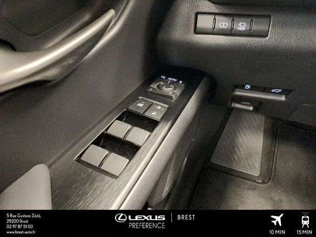 Photo miniature de la Lexus UX 250h 4WD Executive 2019 d'occasion