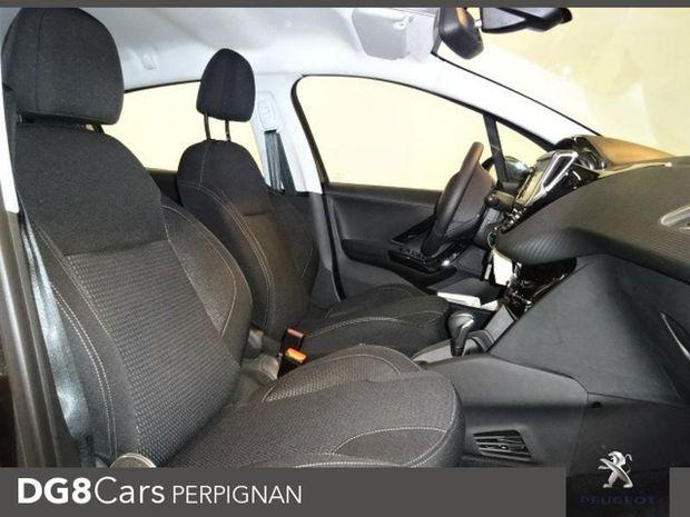 Photo miniature de la Peugeot 208 1.5 BlueHDi 100ch E6.c Allure BVM5 86g 5p 2019 d'occasion