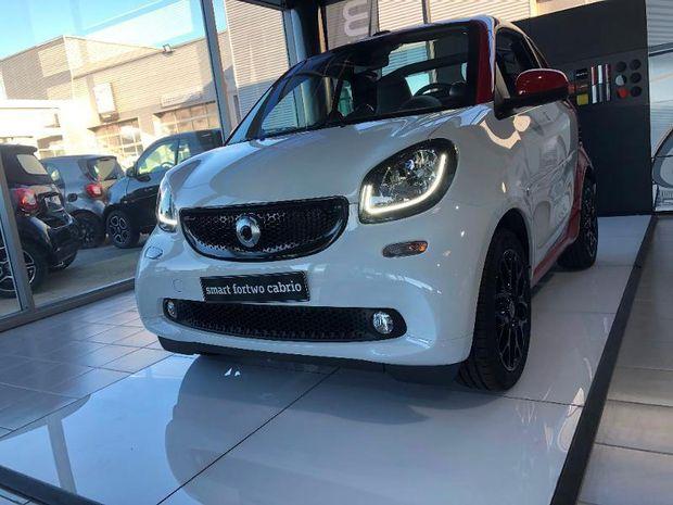 Photo miniature de la Smart fortwo Cabriolet 90ch prime twinamic E6c 2019 d'occasion