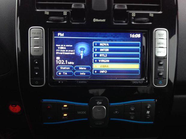 Photo miniature de la Nissan Leaf 109ch 24kWh Tekna 2015 d'occasion