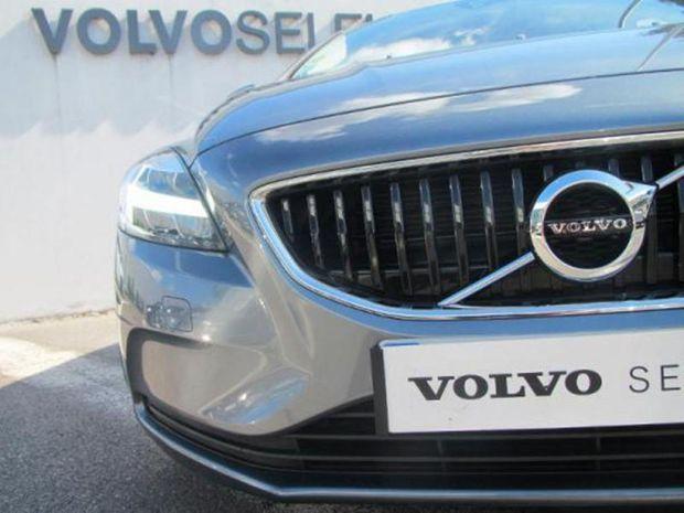 Photo miniature de la Volvo V40 T2 122ch Business 7cv 2019 d'occasion
