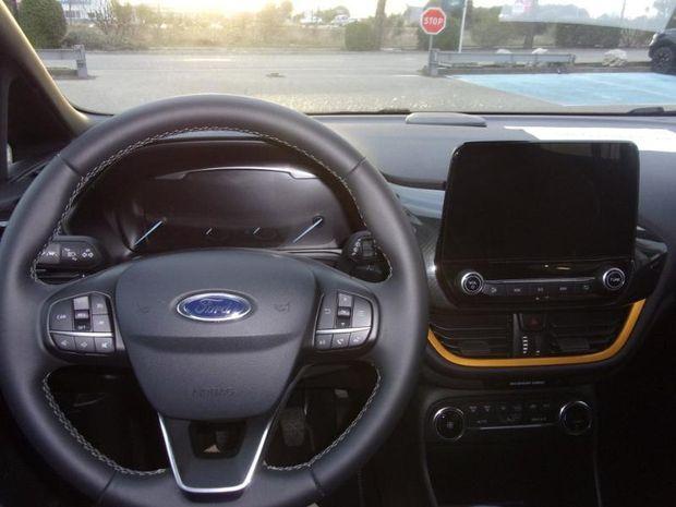 Photo miniature de la Ford Fiesta Active 1.0 EcoBoost 85ch S&S Pack 4cv Euro6.2 2018 d'occasion