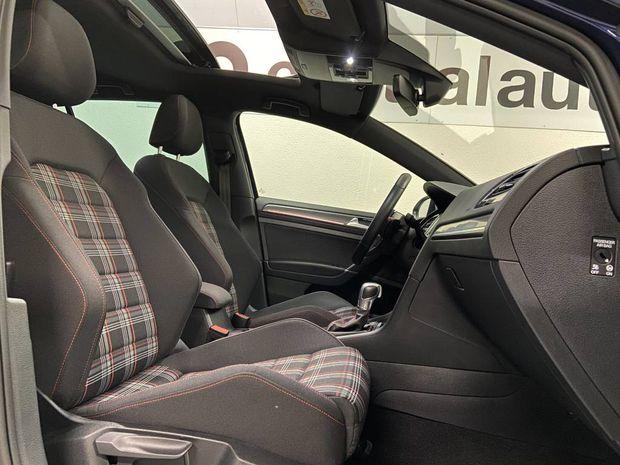 Photo miniature de la Volkswagen Golf 2.0 TSI 245 DSG7 GTI Performance 2018 d'occasion