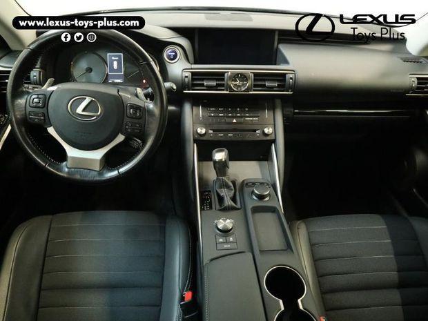 Photo miniature de la Lexus IS 300h Business 2017 d'occasion