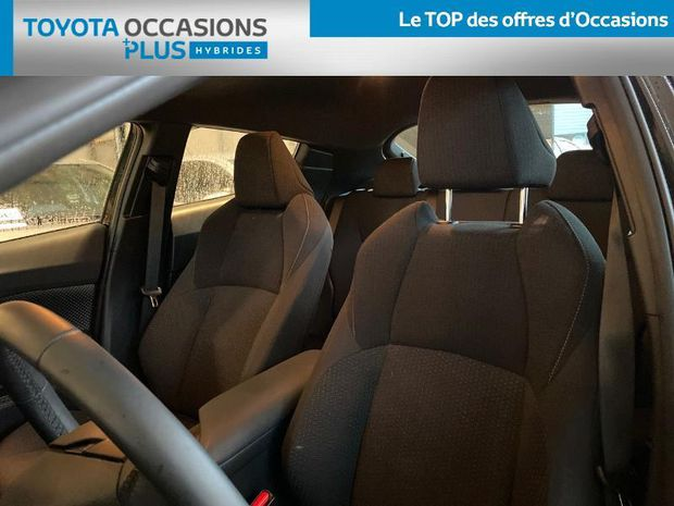 Photo miniature de la Toyota C-HR 122h Dynamic Business 2WD E-CVT RC18 2019 d'occasion