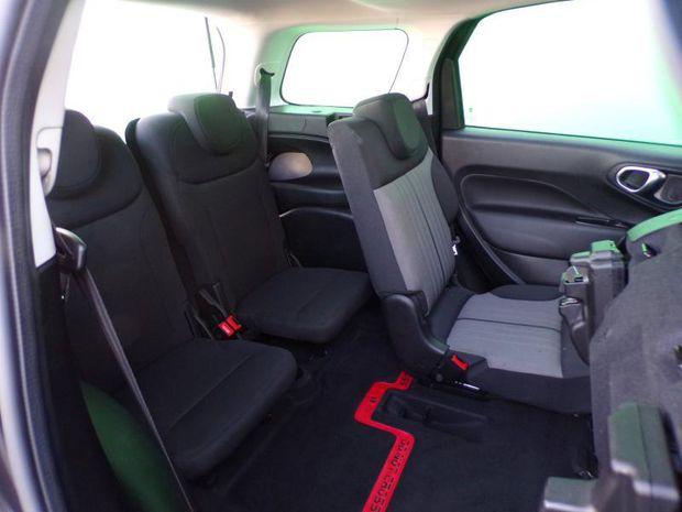 Photo miniature de la Fiat 500L Living 1.6 Multijet 16v 120ch S&S Lounge 2017 d'occasion