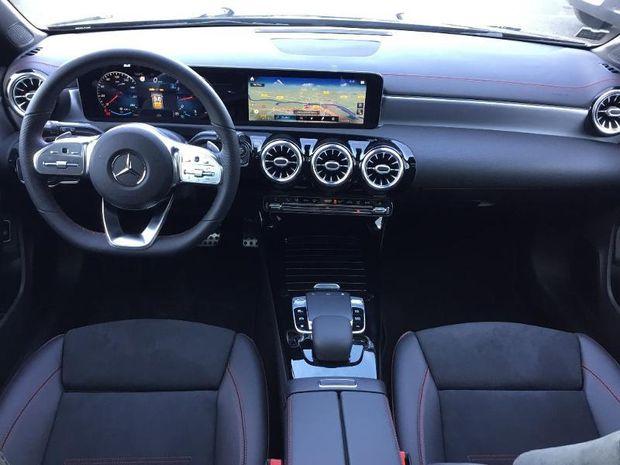 Photo miniature de la Mercedes CLA Shooting Brake 200 163ch AMG Line 7G-DCT 2019 d'occasion