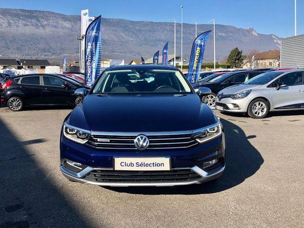 Photo miniature de la Volkswagen Passat Alltrack 2.0 BiTDI 240ch BlueMotion Technoloqy 4Motion DSG7 2018 d'occasion